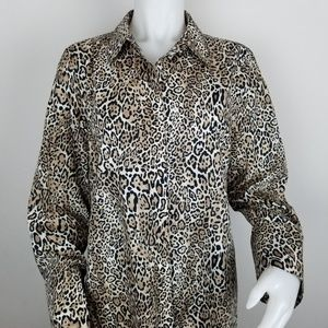 Chico's Size 2 Animal Print Button Down Blouse